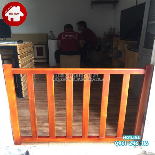 chắn gỗ càu thang HC3-003 (1)