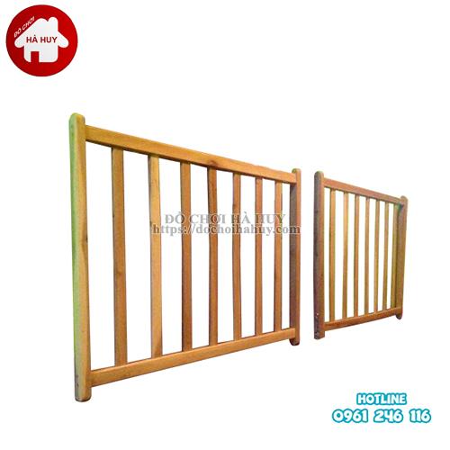 chắn gỗ càu thang HC3-003