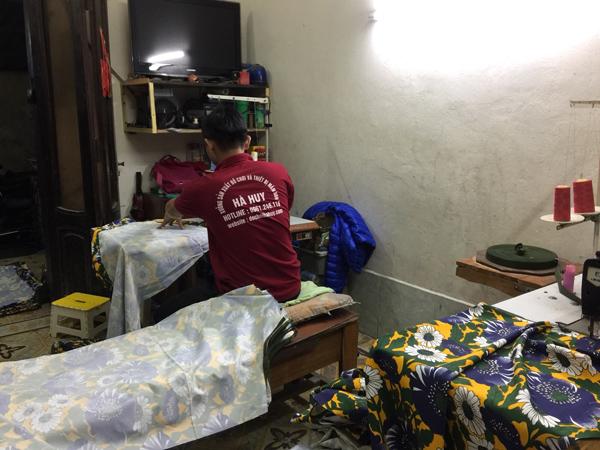 Giường bạt hoa HC1-013 May-giuong-bat