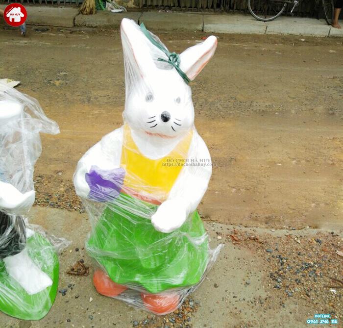 Tượng con thỏ vườn cổ tích HB11-011