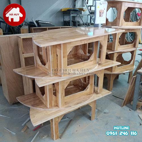 Bàn gỗ mầm non hình bán nguyệt HC1-008-4