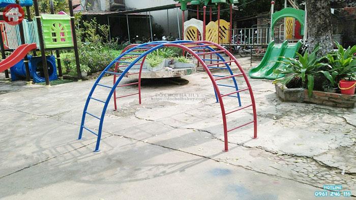 Thang leo cong rèn luyện thể lực đôi cho bé HB1-008