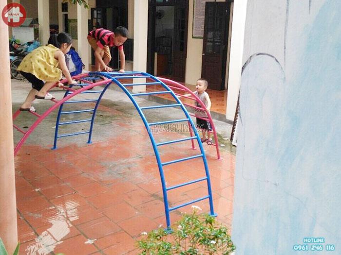 Thang leo cong đôi rèn luyện thể lực cho bé mầm non HB1-008