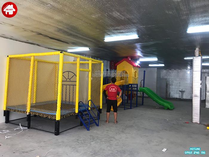 Sàn nhún thể dục hình vuông có lưới quây HE3-004