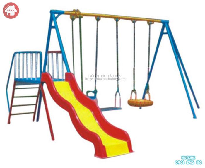 Xích đu trẻ em ngoài trời 3 ghế kèm cầu trượt đơn giá rẻ HB4-015