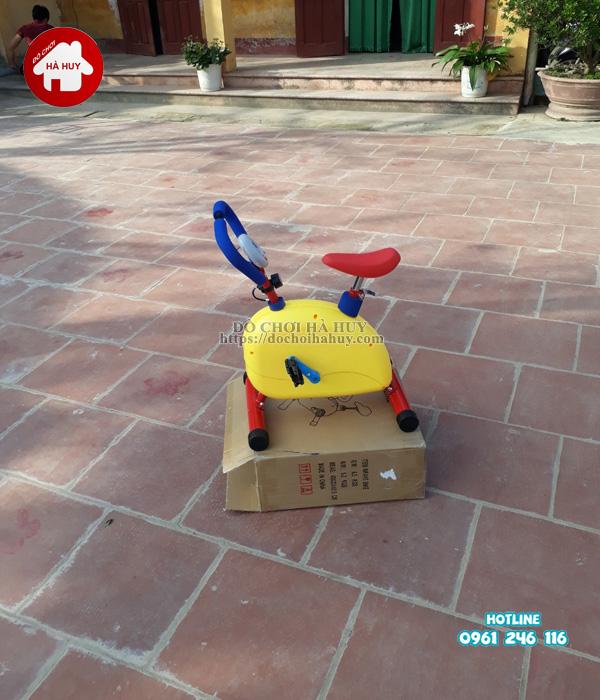 Lắp đặt bàn giao nhà chòi cầu trượt, máy tập gym cho bé tại Hưng Yên-1