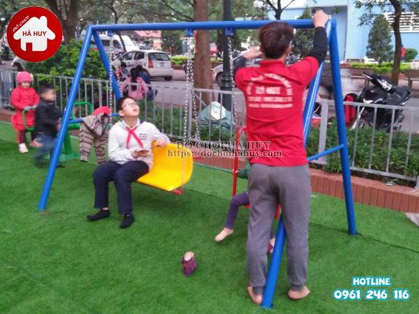 Lắp đặt đồ chơi ngoài trời tại khu vui chơi cho bé tại Phúc La, Hà Đông-6