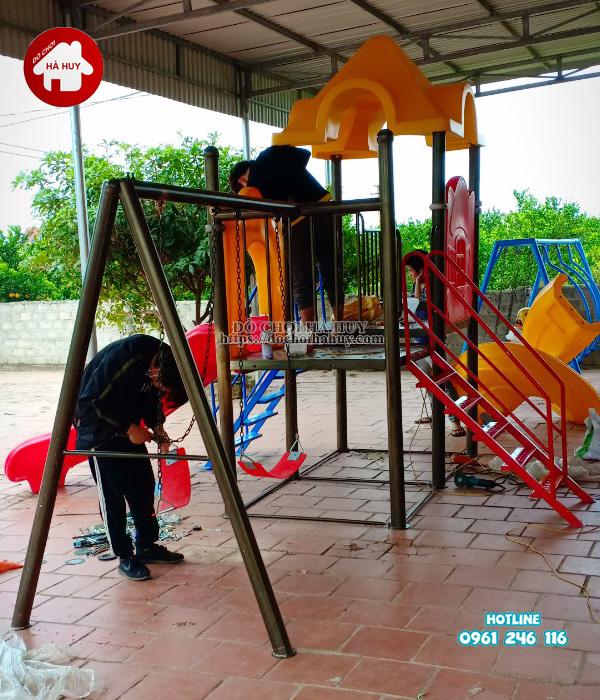 Lắp đặt nhà chòi cầu trượt, xích đu cho khách tại Quảng Ninh-3