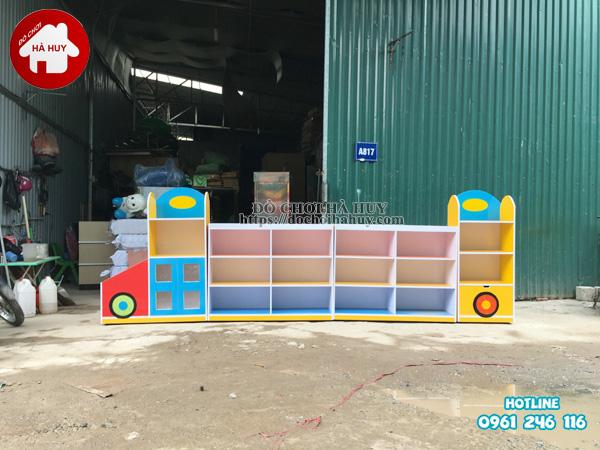 Sản xuất tủ kệ mầm non hình ô tô cho trường mầm non-4