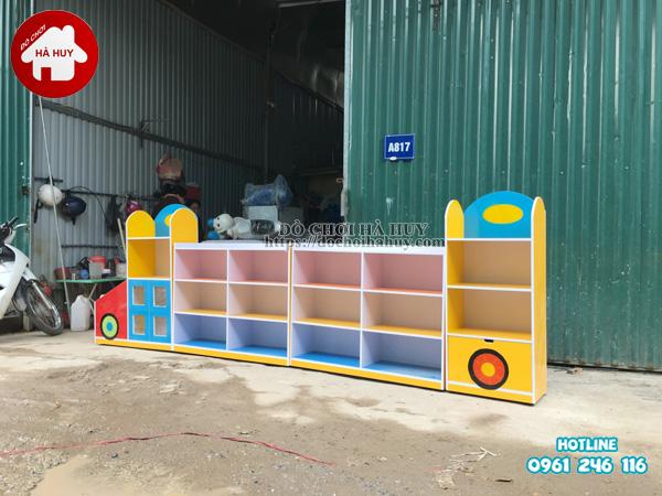 Sản xuất tủ kệ mầm non hình ô tô cho trường mầm non-5