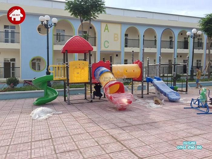 Lắp đặt bàn giao đồ chơi ngoài trời cho trường mầm non tại Hà Nội-1