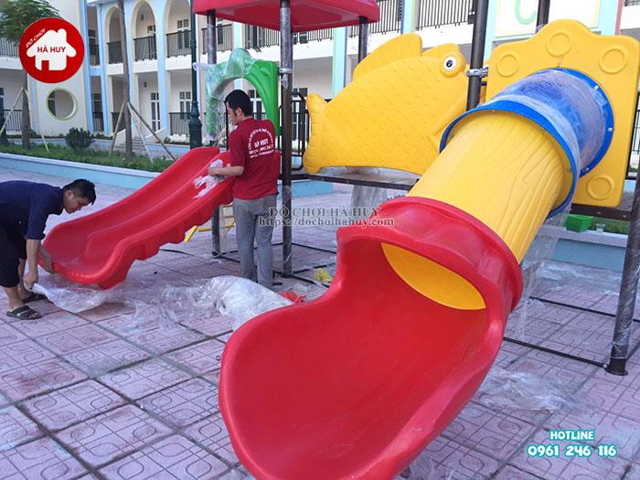 Lắp đặt bàn giao đồ chơi ngoài trời cho trường mầm non tại Hà Nội Lap-dat-ban-giao-choi-ngoai-troi-cho-truong-mam-non-tai-ha-noi-9