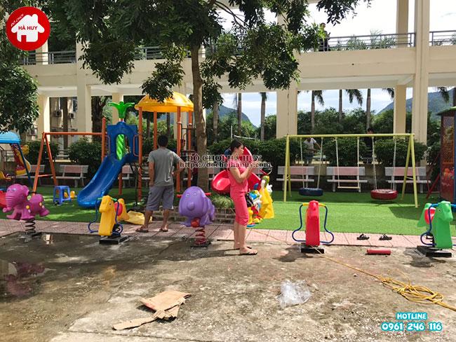 Sản xuất lắp đặt đồ chơi ngoài trời cho bệnh viện tại Mai Châu, Hòa Bình-4