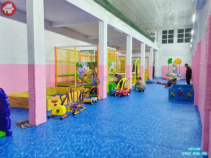 Mẫu nhà liên hoàn trong nhà cho trẻ em LH-018