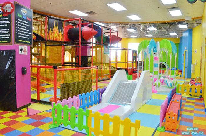 Mẫu nhà liên hoàn trong nhà cho trẻ em giá rẻ LH-016