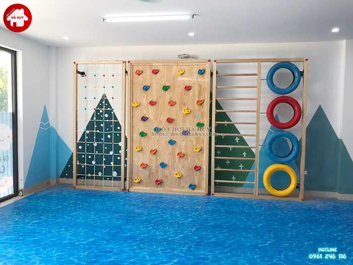 Lắp đặt vách leo núi, nhà leo cầu trượt cho trường mầm non Rainbow kindergarten-1
