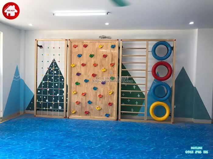 Lắp đặt vách leo núi, nhà leo cầu trượt cho trường mầm non Rainbow kindergarten-3