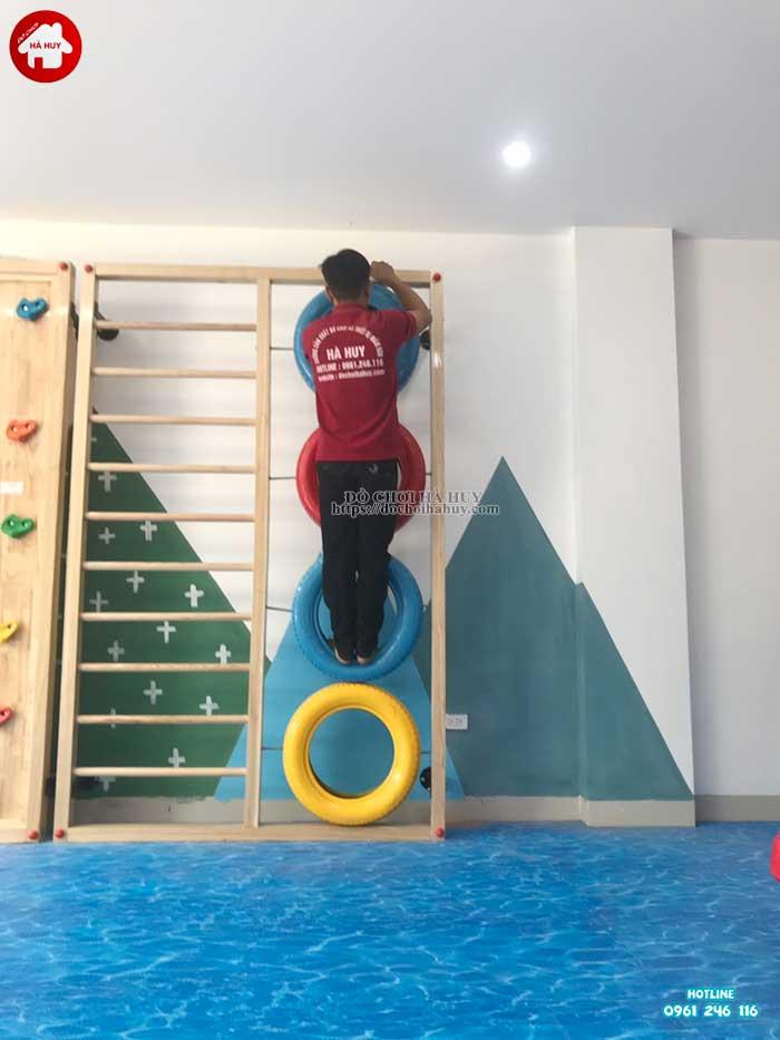 Lắp đặt vách leo núi, nhà leo cầu trượt cho trường mầm non Rainbow kindergarten-5