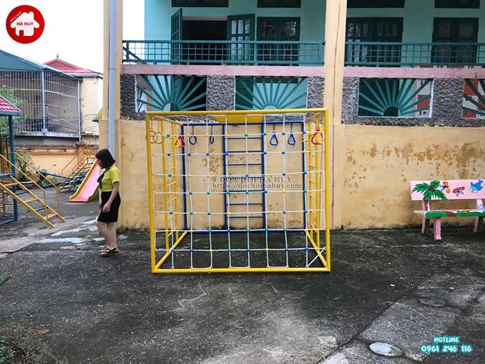 Sản xuất lắp đặt đồ chơi mầm non cho trường mầm non tại Hòa Bình-9