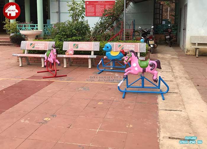 Sản xuất lắp đặt đồ chơi ngoài trời cho trường mầm non Mường Bú, Sơn La-10