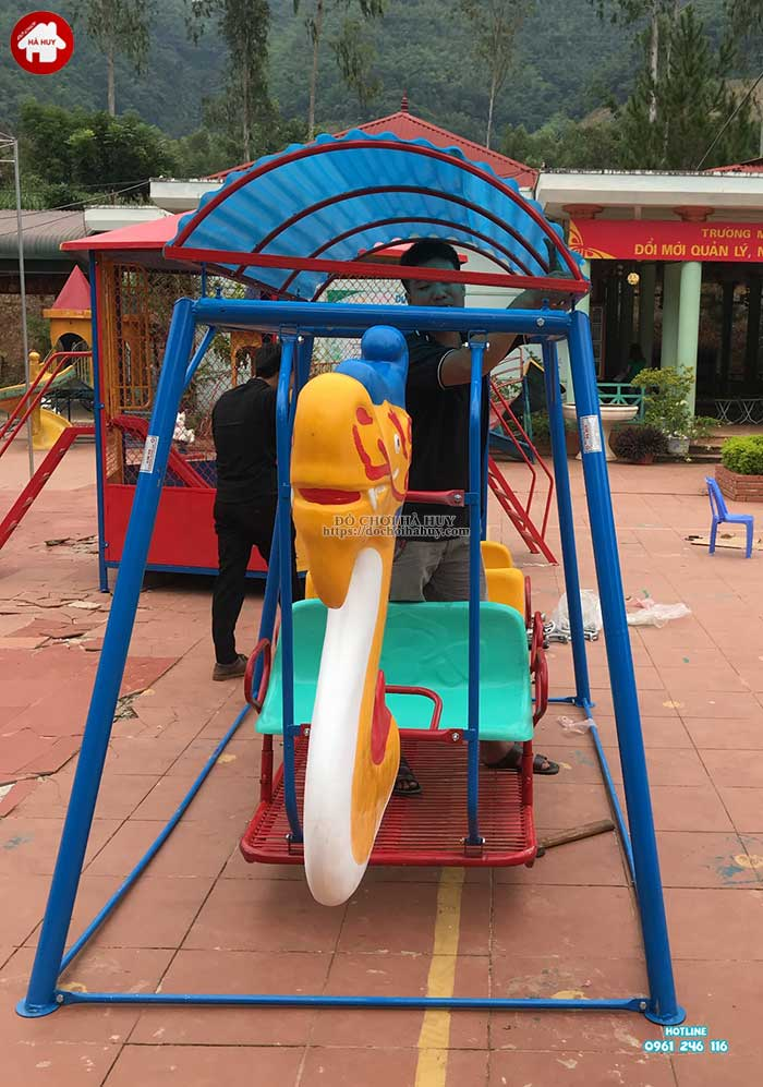 Sản xuất lắp đặt đồ chơi ngoài trời cho trường mầm non Mường Bú, Sơn La-3