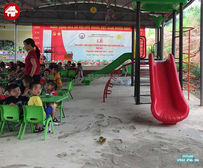 Sản xuất lắp đặt đồ chơi ngoài trời cho trường mầm non Mường Bú, Sơn La-8