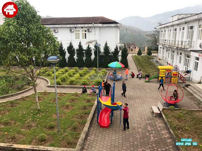 Sản xuất lắp đặt đồ chơi ngoài trời cho bệnh viện đa khoa Sapa, Lào Cai-2
