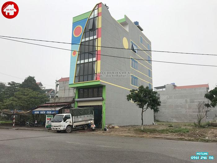 Lắp đặt vách leo núi, bể bóng cho bé mầm non tại Tp. Hưng Yên-1