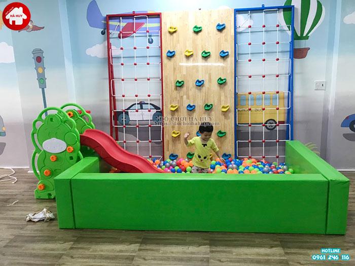Lắp đặt vách leo núi, bể bóng cho bé mầm non tại Tp. Hưng Yên-5