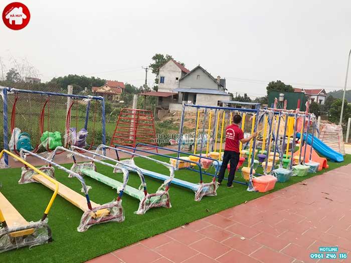 Sản xuất lắp đặt đồ chơi ngoài trời cho bé mầm non tại Hà Tĩnh-2