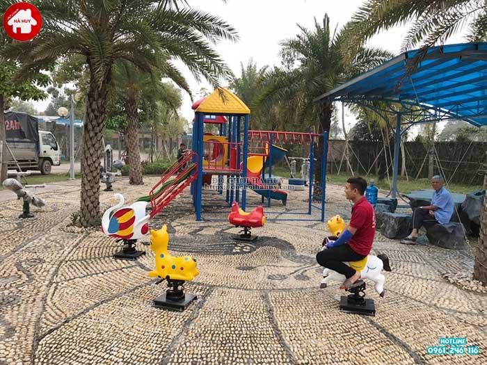 Sản xuất lắp đặt đồ chơi ngoài trời cho bé trường mầm non tại Hải Dương-2