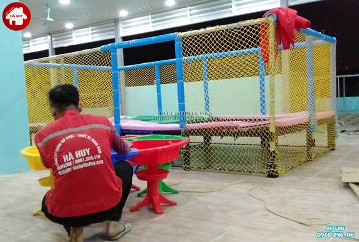 Sản xuất lắp đặt đồ chơi vận động trong nhà cho trẻ em mầm non-5