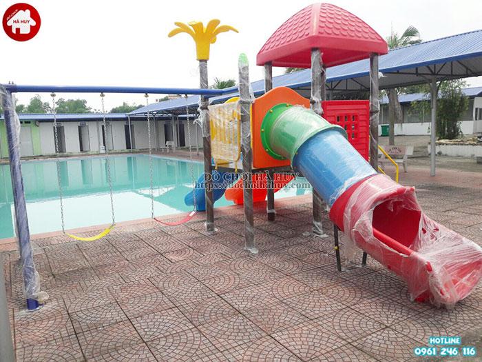 Cầu trượt cho bể bơi kèm xích đu cao cấp HB12-013-3