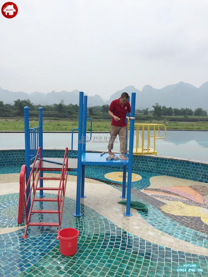 Cầu trượt liên hoàn cho bể bơi cao cấp HB12-012-2