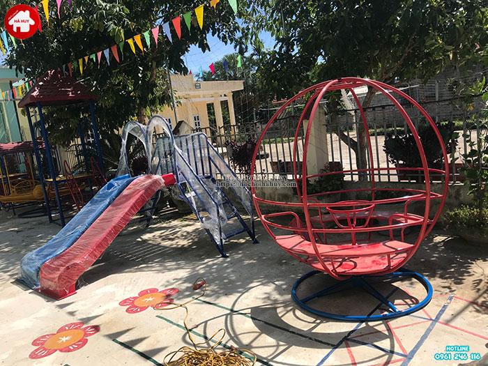 Sản xuất lắp đặt đồ chơi ngoài trời cho trường mầm non tại Hòa Bình-3