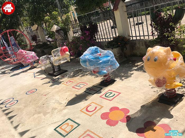 Sản xuất lắp đặt đồ chơi ngoài trời cho trường mầm non tại Hòa Bình-6