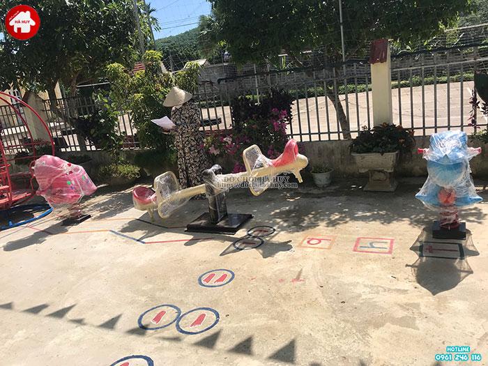 Sản xuất lắp đặt đồ chơi ngoài trời cho trường mầm non tại Hòa Bình-7