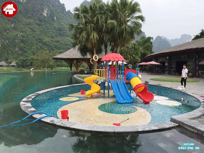Tư vấn chọn lựa mẫu cầu trượt bể bơi cho bể bơi của bạn-2