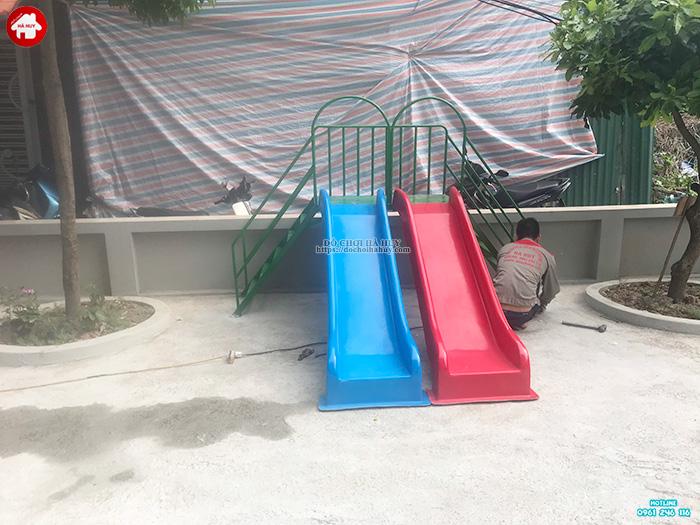 Thi công lắp đặt sân chơi ngoài trời trẻ em cho khách hàng tại Hà Nội