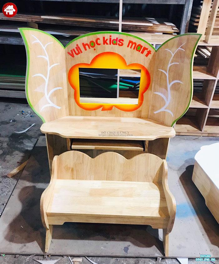 Bộ bàn ghế Kidsmart cho bé gỗ tự nhiên HC1-015