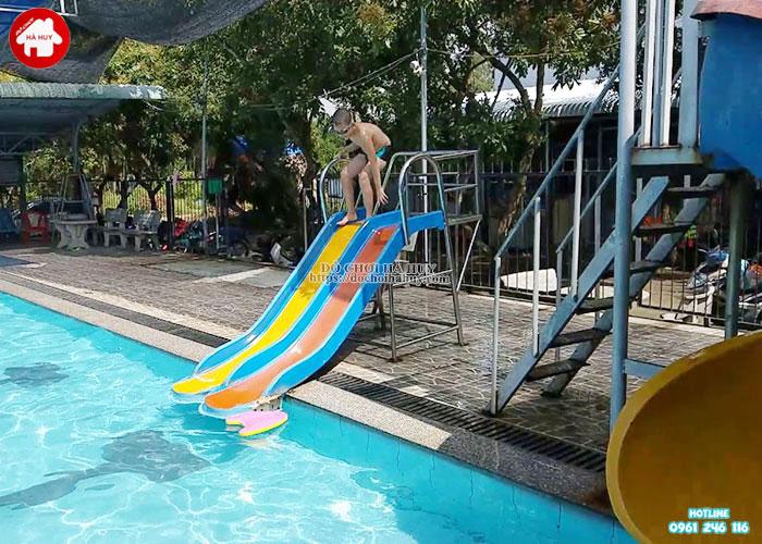 Thang leo cầu trượt đôi hồ bơi nhựa nhập khẩu HB12-017