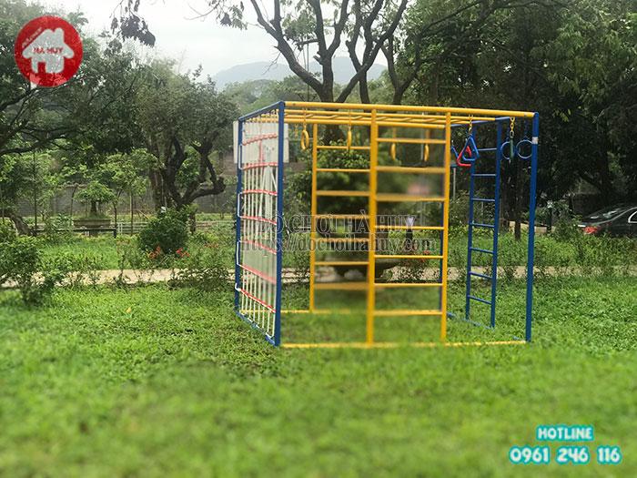 Thi công lắp đặt sân chơi ngoài trời mini cho hộ gia đình Chị Hà tại Hòa Bình