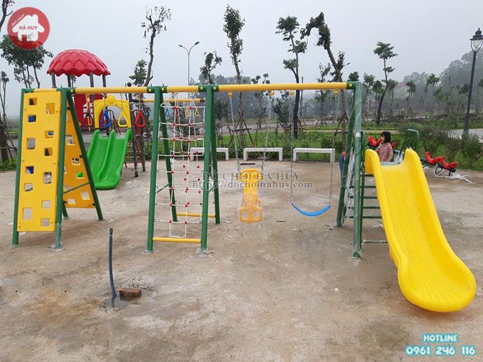 Thi công sân chơi trẻ em ngoài trời cho công viên tại Bắc Giang