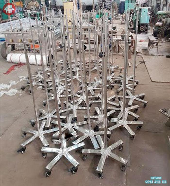 Cọc truyền inox cho bệnh viện và trạm y tế giá rẻ HD3-039