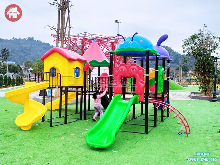 Lắp đặt bộ liên hoàn cầu trượt ngoài trời cho khách hàng tại Lào Cai